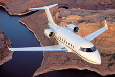Private Jet Photo Bombardier Challenger 601-3R exterior