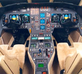 Private Jet Photo Dassault Falcon 2000DX cockpit